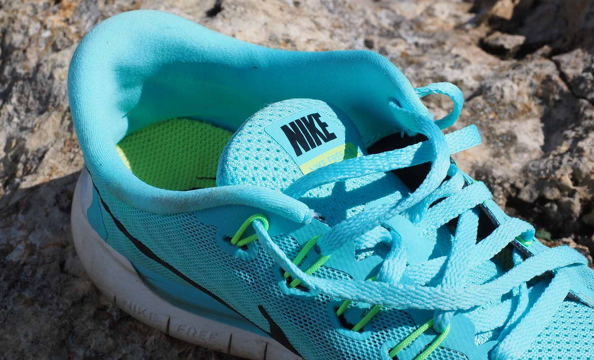 How to clean Nike shoes with mesh